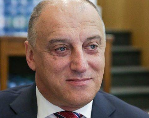 Депутат-единоросс незаконно владел золотыми приисками на 38 миллиардов рублей. Теперь они конфискованы государством