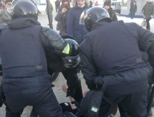 Свыше пяти тысяч человек задержали на акциях протеста 31 января