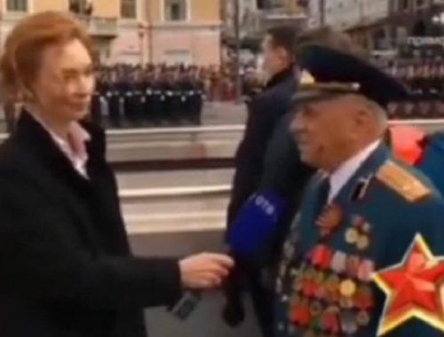 Журналистка владивостокского ТВ на параде прервала речь ветерана, увидев губернатора