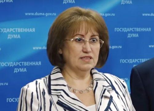 Пятым колесом в телеге назвала Госдуму депутат от КПРФ