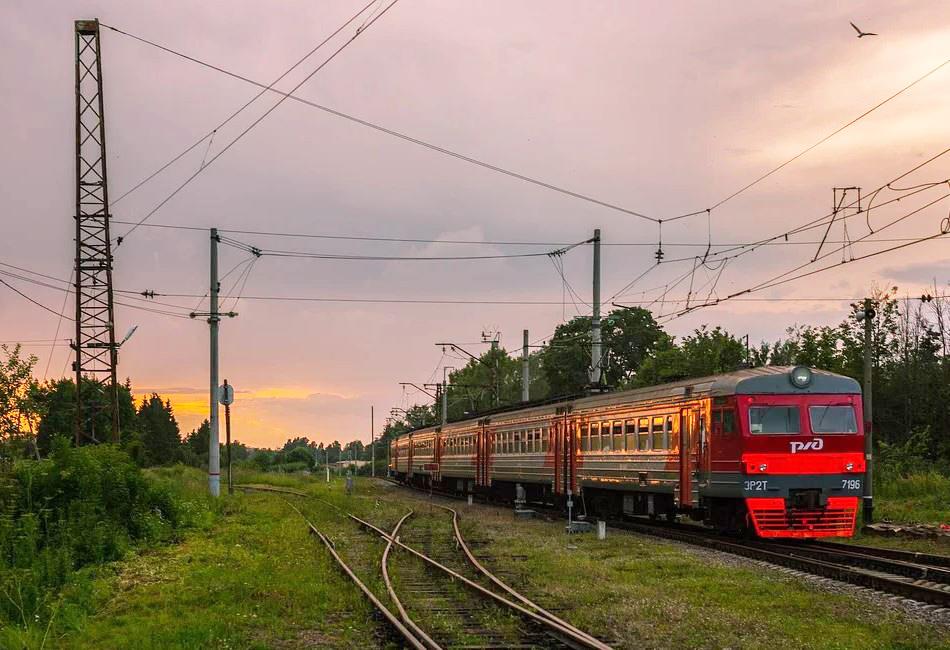 Временно изменится график движения пригородных поездов