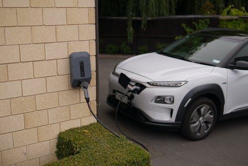 Правительство не нашло денег для «разгона» продаж электромобилей
