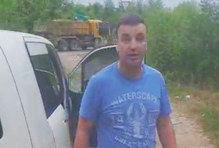 Перцовым баллончиком в лицо: недалеко от Биробиджана предполагаемый оператор треноги едва не покалечил бдительного автомобилиста (ВИДЕО, 18+)
