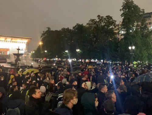 Коммунисты провели народный сход против фальсификации выборов в Москве