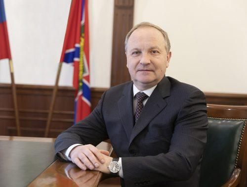 Бывшего мэра Владивостока задержали по подозрению в получении взятки в 19,5 млн рублей