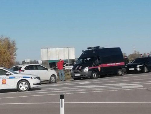 Труп убитого мужчины обнаружили в машине на трассе в ЕАО